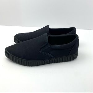 T.U.K. Shoes Black Basic Pointed Slip-On